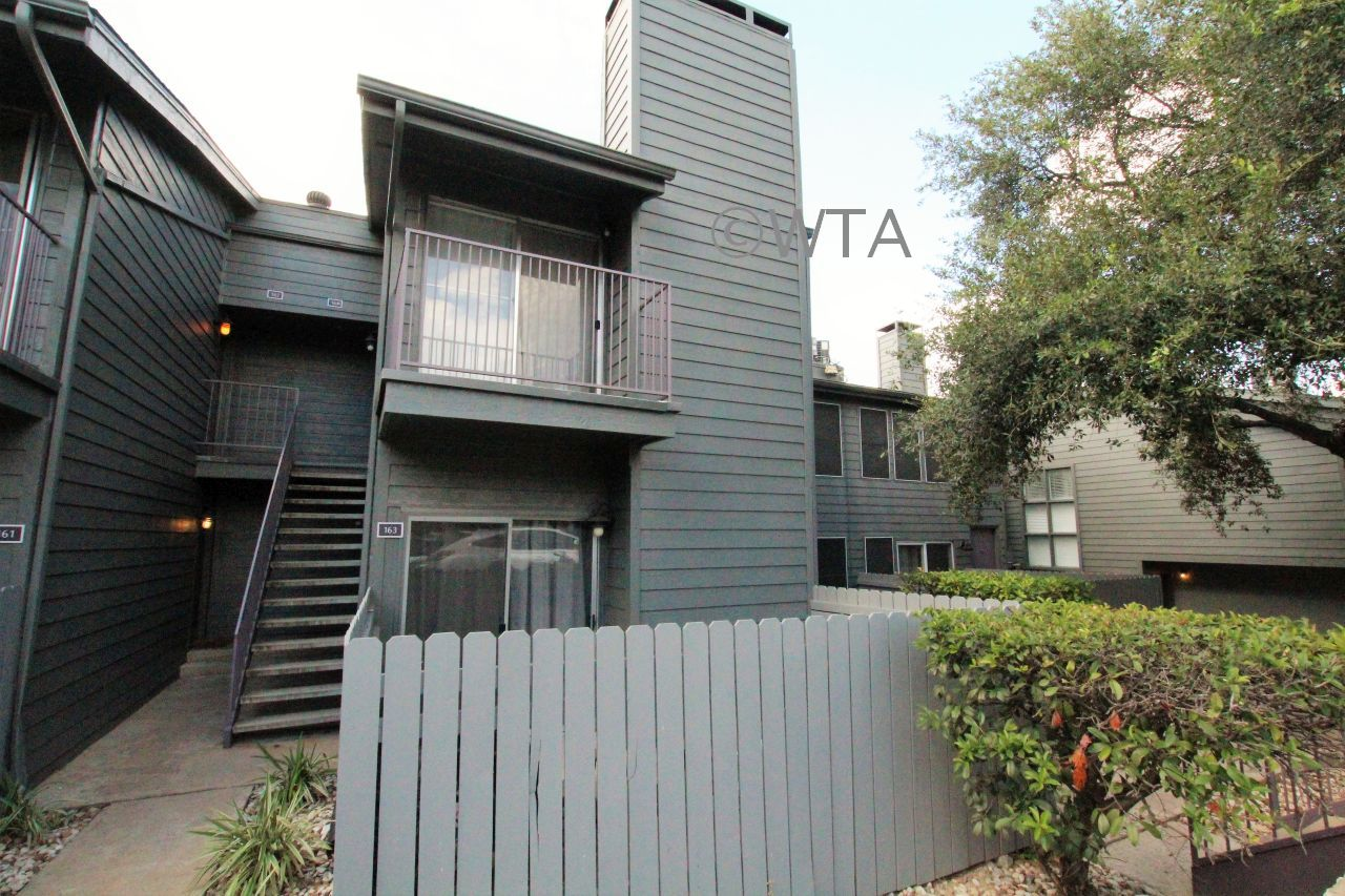 $1409 2 Horseshoe Bay Northwest Austin, Austin