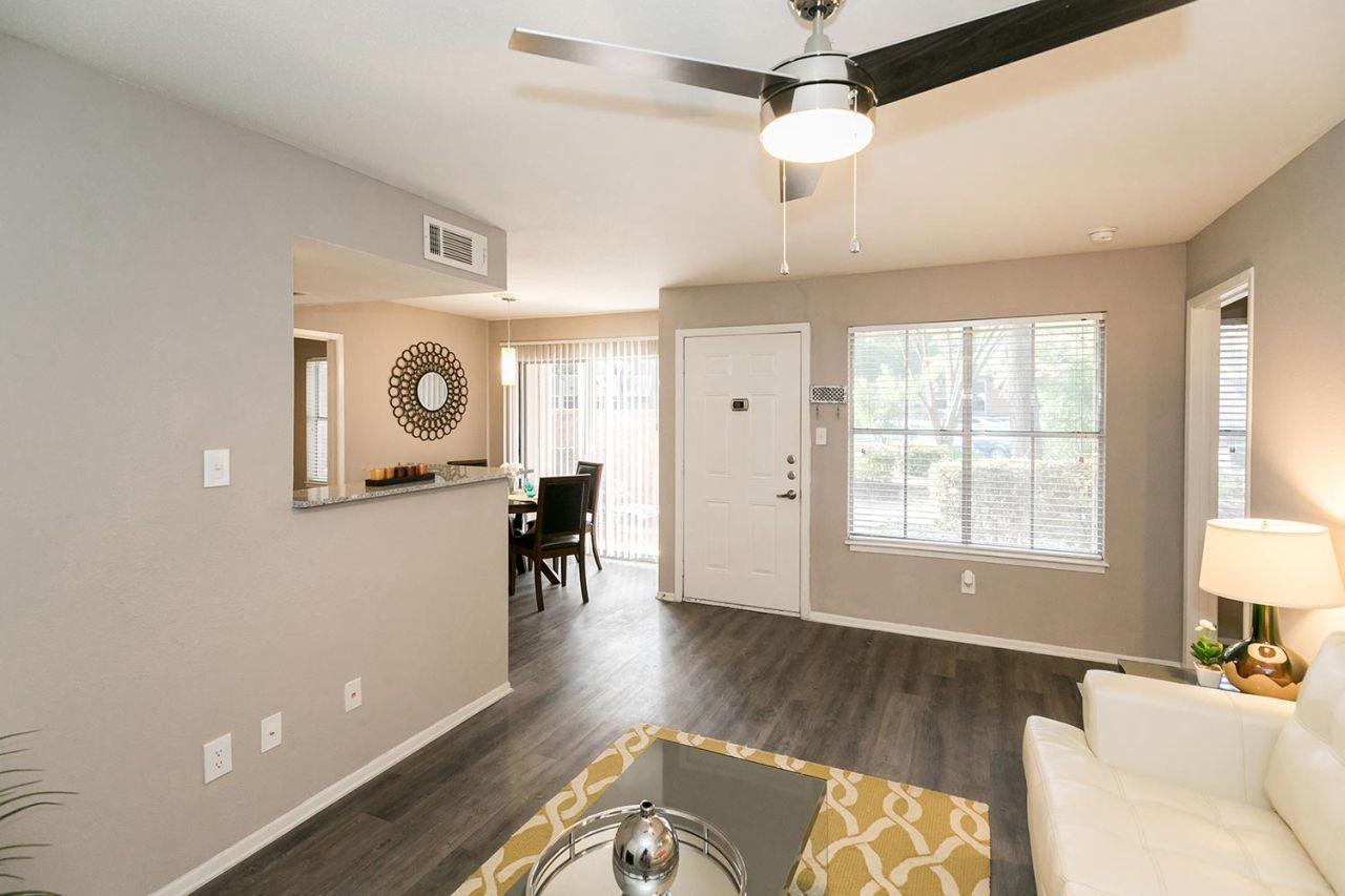 image 3 unfurnished 1 bedroom Apartment for rent in Horseshoe Bay, Northwest Austin