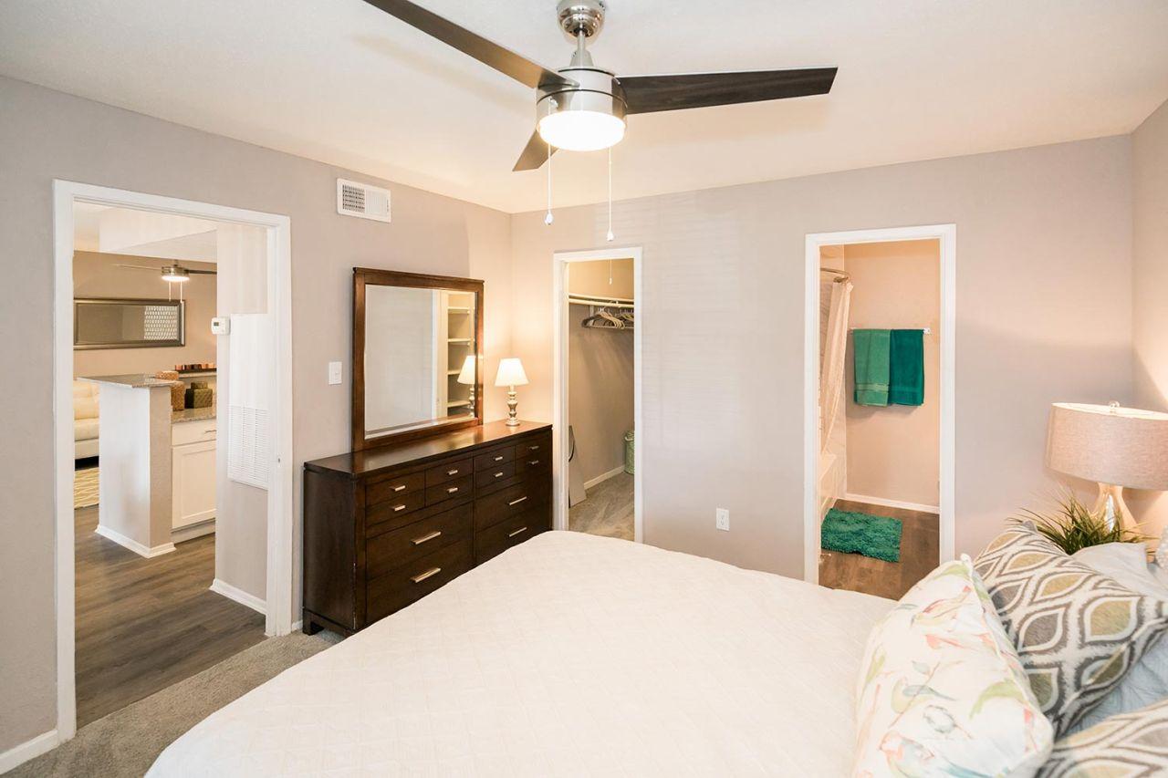 image 5 unfurnished 1 bedroom Apartment for rent in Horseshoe Bay, Northwest Austin