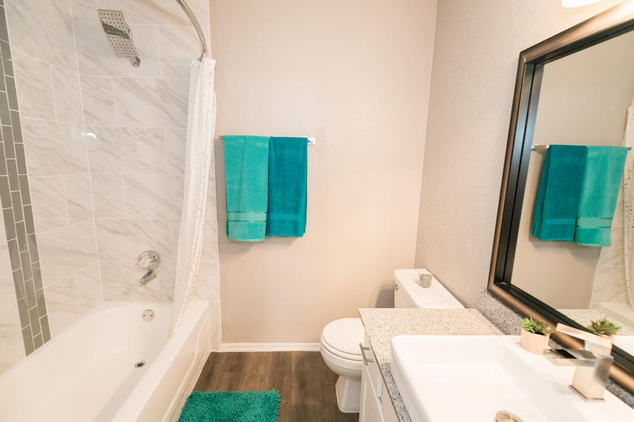 image 10 unfurnished 1 bedroom Apartment for rent in Horseshoe Bay, Northwest Austin