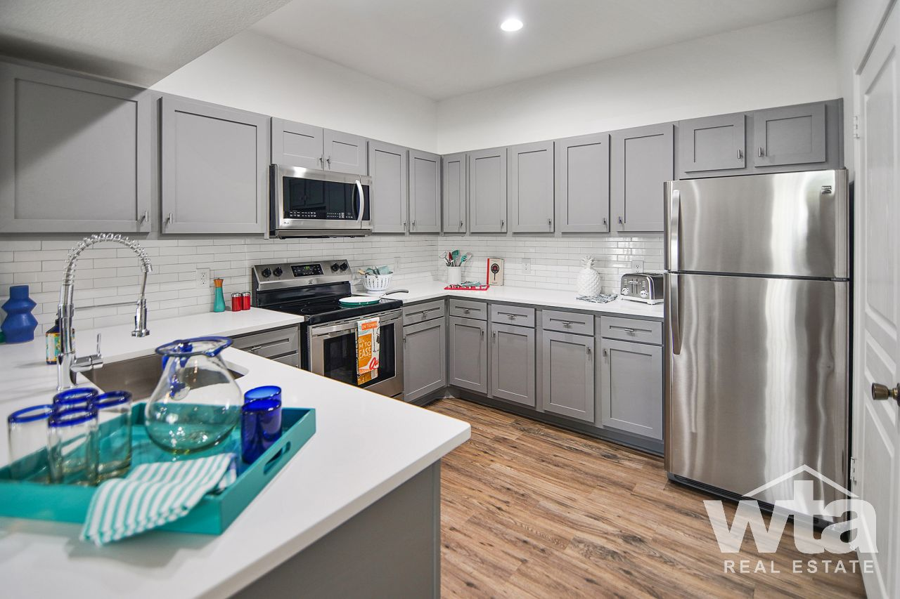 image 4 unfurnished 2 bedroom Apartment for rent in Horseshoe Bay, Northwest Austin