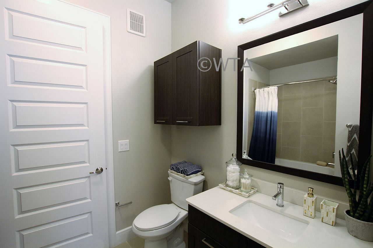 image 10 unfurnished 1 bedroom Apartment for rent in Tarrytown, Central Austin