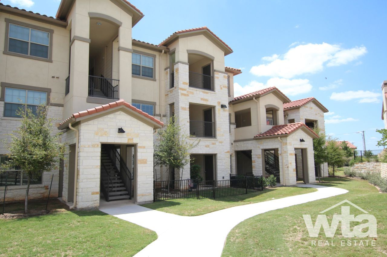 $1085 1 Pflugerville North Austin, Austin