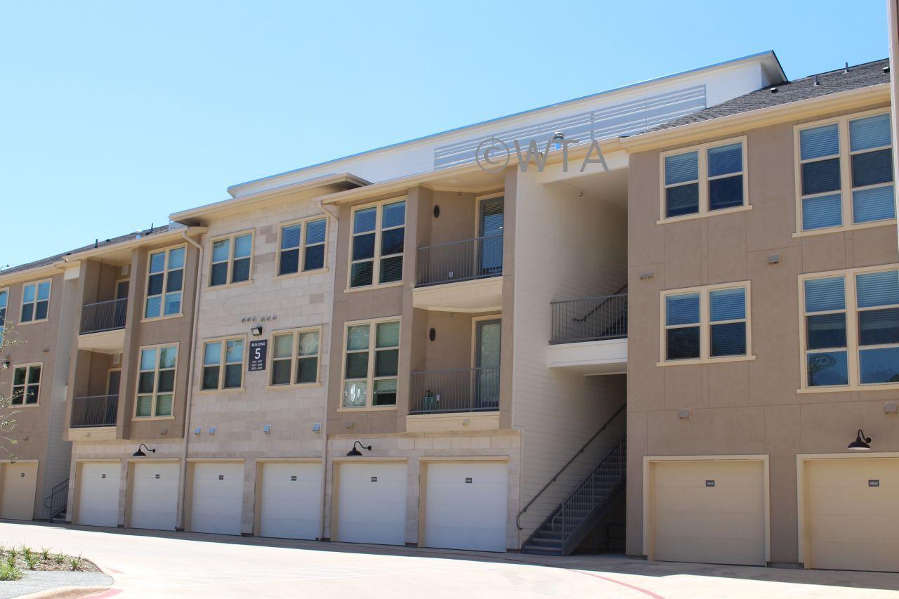 $1245 1 Horseshoe Bay Northwest Austin, Austin
