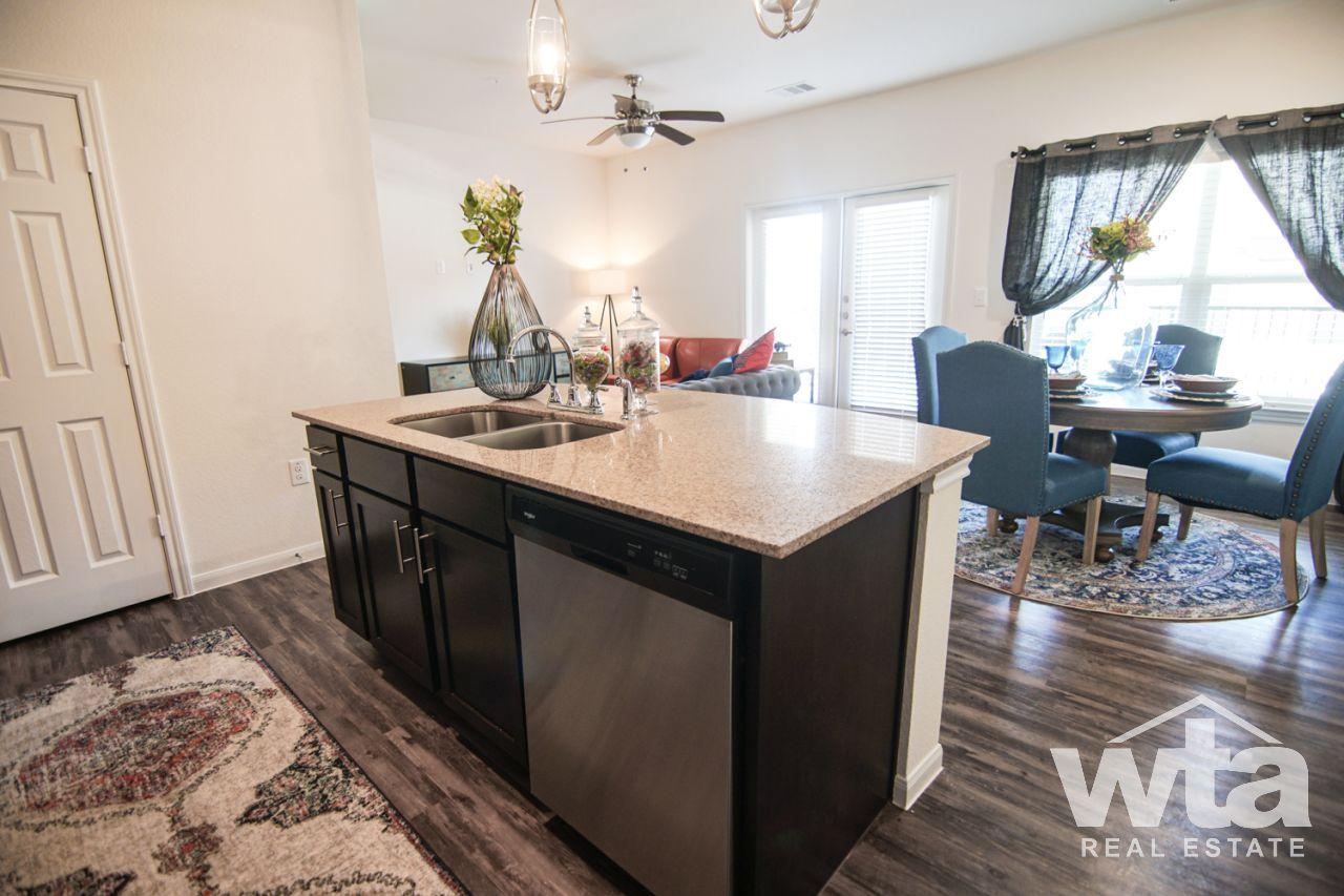 image 5 unfurnished 2 bedroom Apartment for rent in Other NE Austin, Northeast Austin
