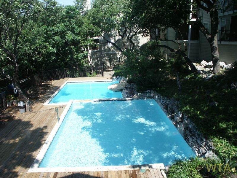 image 2 unfurnished Studio bedroom Apartment for rent in Horseshoe Bay, Northwest Austin