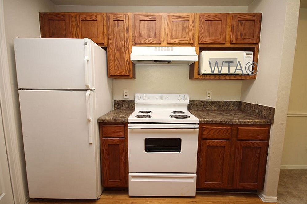 image 4 unfurnished 3 bedroom Apartment for rent in Horseshoe Bay, Northwest Austin