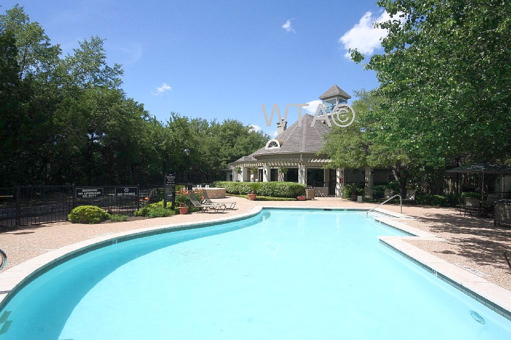 image 2 unfurnished 3 bedroom Apartment for rent in Horseshoe Bay, Northwest Austin