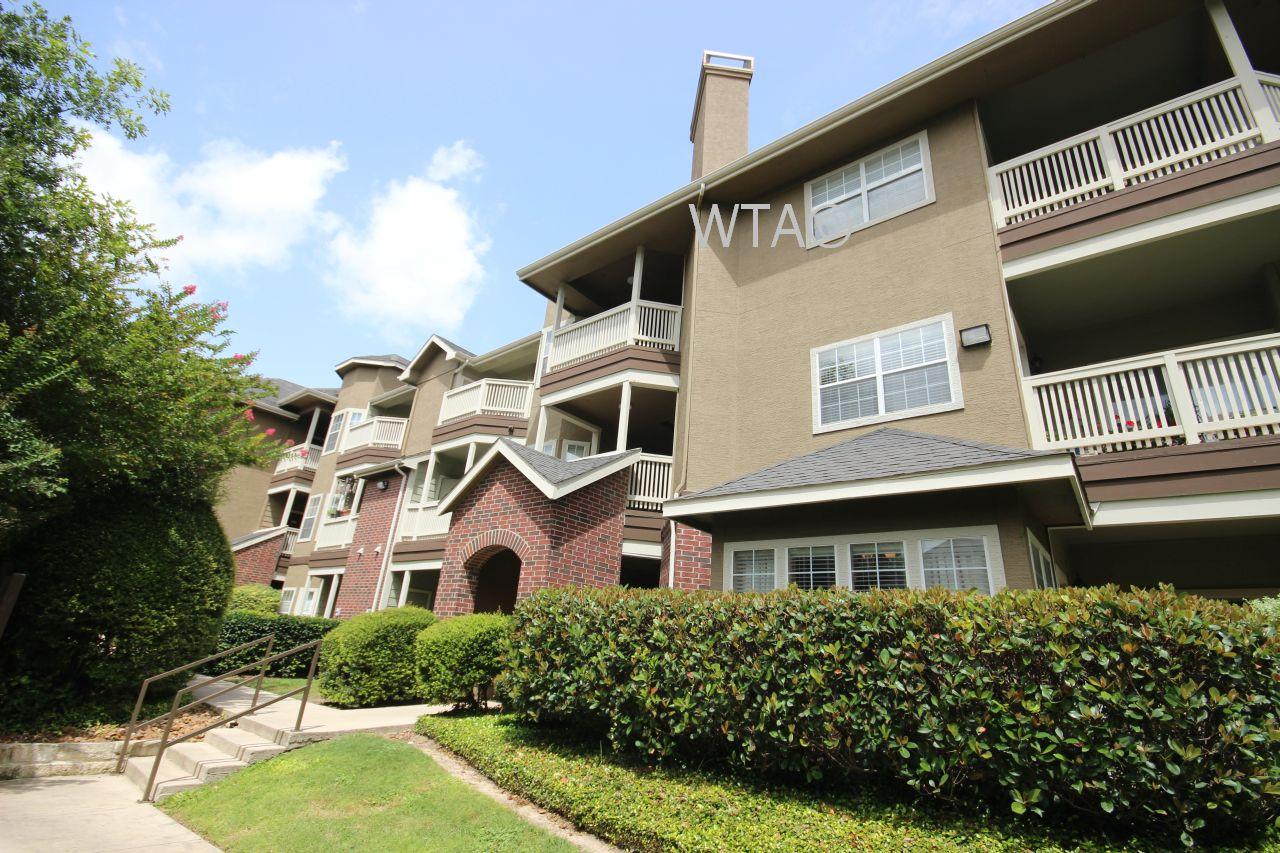 Oblate Apartments San Antonio