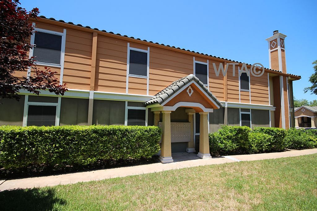image 2 unfurnished Studio bedroom Apartment for rent in South Congress, South Austin