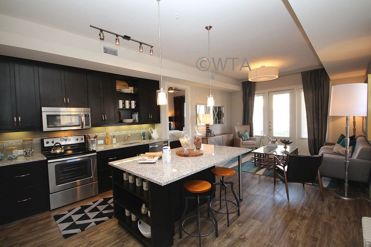 image 4 unfurnished Studio bedroom Apartment for rent in Horseshoe Bay, Northwest Austin