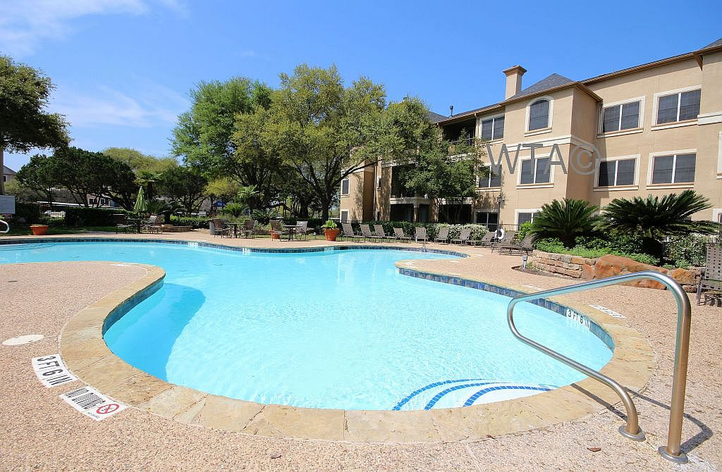image 2 unfurnished 2 bedroom Apartment for rent in Wells Branch, Central Austin