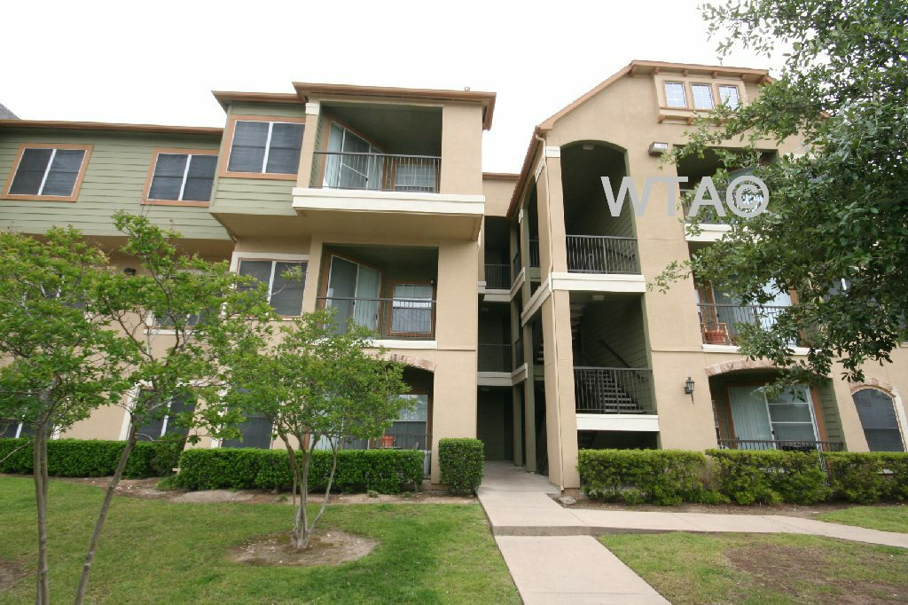 image 1 unfurnished 2 bedroom Apartment for rent in Wells Branch, Central Austin