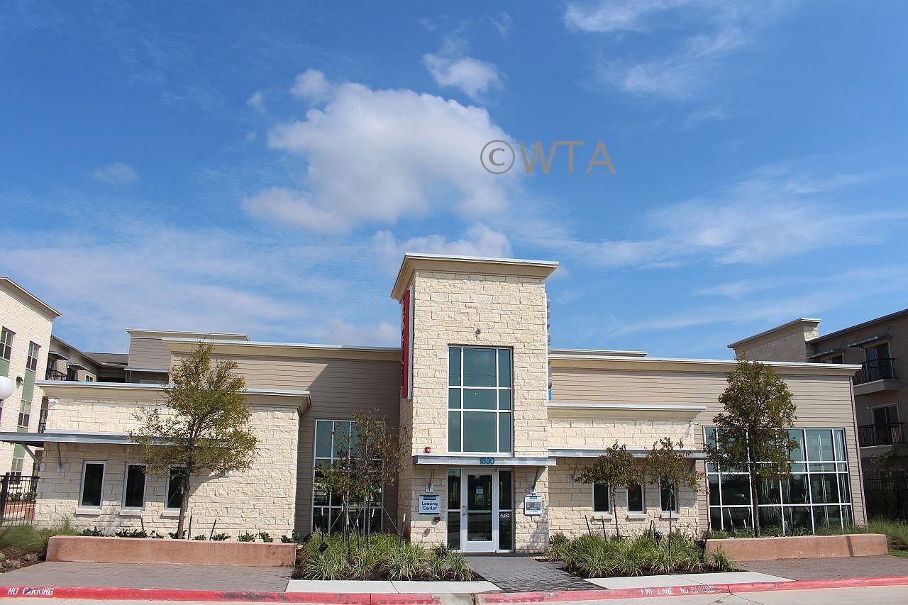 $1210 2 Horseshoe Bay Northwest Austin, Austin