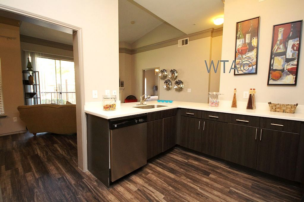 image 4 unfurnished 2 bedroom Apartment for rent in Wells Branch, Central Austin