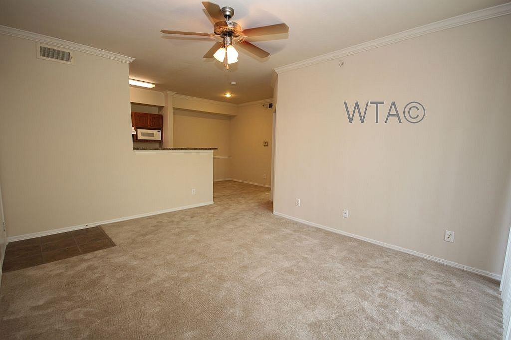 image 9 unfurnished 3 bedroom Apartment for rent in Horseshoe Bay, Northwest Austin