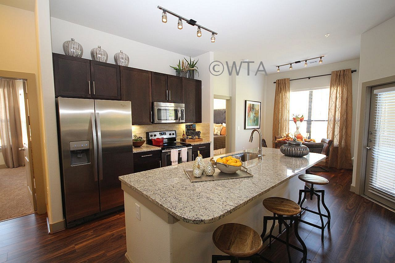 image 10 unfurnished 1 bedroom Apartment for rent in Horseshoe Bay, Northwest Austin