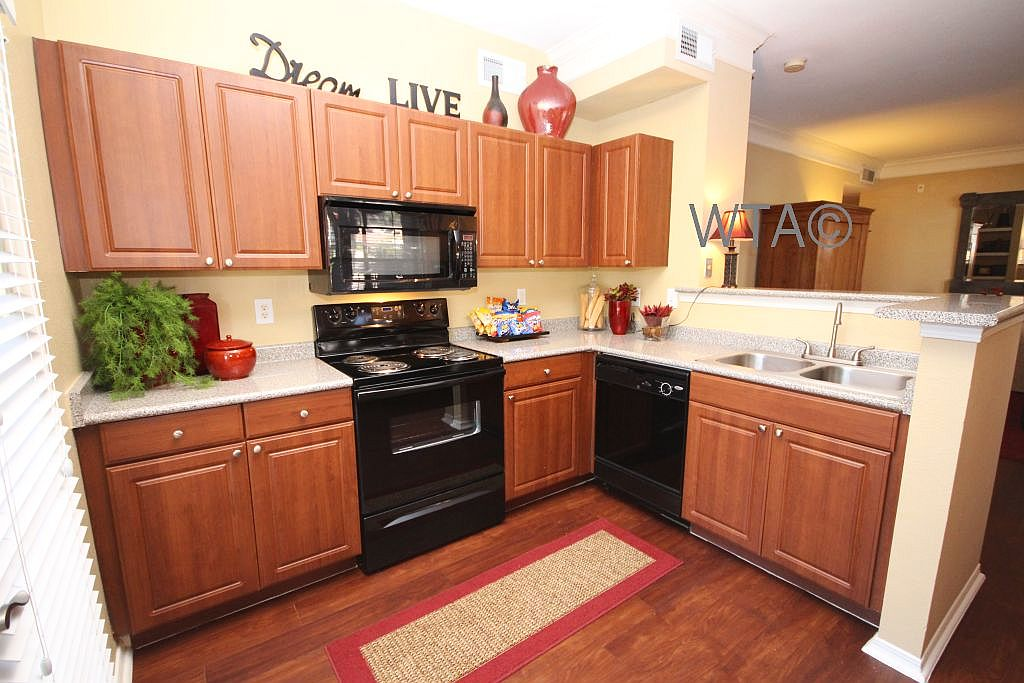 image 3 unfurnished 1 bedroom Apartment for rent in Tarrytown, Central Austin