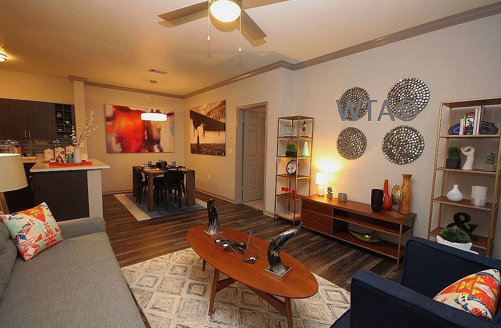 image 8 unfurnished 2 bedroom Apartment for rent in Horseshoe Bay, Northwest Austin