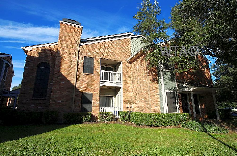 image 1 unfurnished 1 bedroom Townhouse for rent in Horseshoe Bay, Northwest Austin