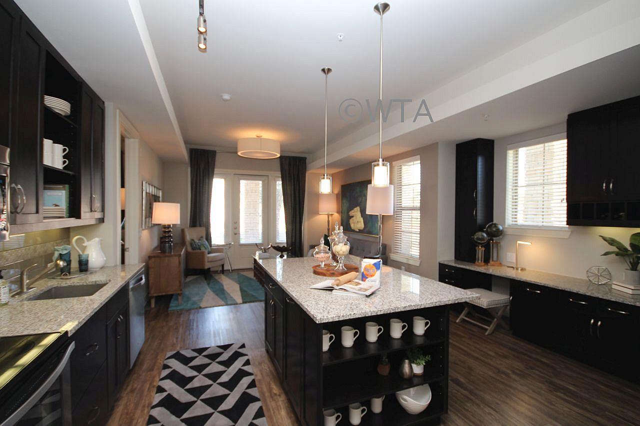 image 5 unfurnished Studio bedroom Apartment for rent in Horseshoe Bay, Northwest Austin