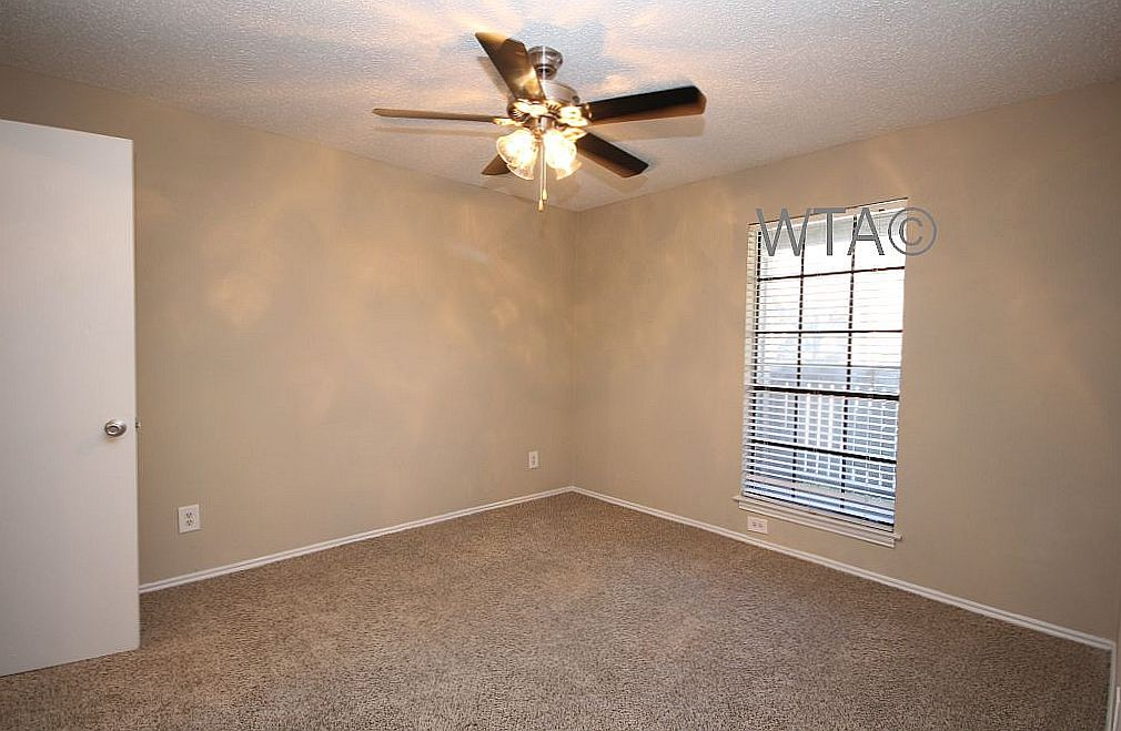 image 8 unfurnished 1 bedroom Apartment for rent in Horseshoe Bay, Northwest Austin