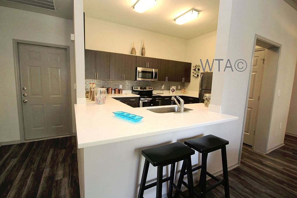 image 5 unfurnished 2 bedroom Apartment for rent in Wells Branch, Central Austin