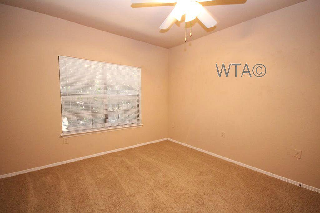 image 7 unfurnished 1 bedroom Apartment for rent in Horseshoe Bay, Northwest Austin