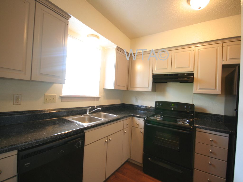 image 4 unfurnished 1 bedroom Apartment for rent in Wells Branch, Central Austin