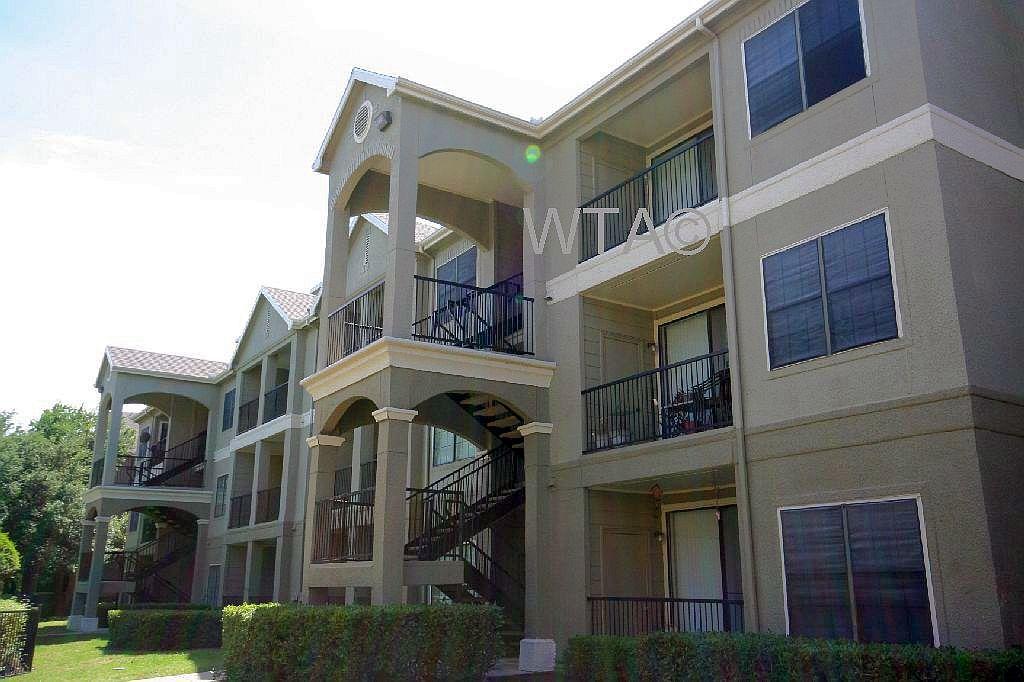 image 1 unfurnished 3 bedroom Apartment for rent in Horseshoe Bay, Northwest Austin
