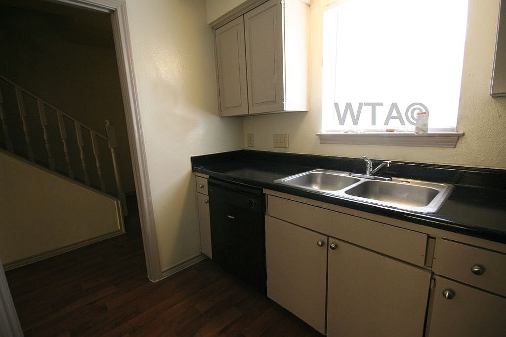 image 5 unfurnished 1 bedroom Apartment for rent in Wells Branch, Central Austin