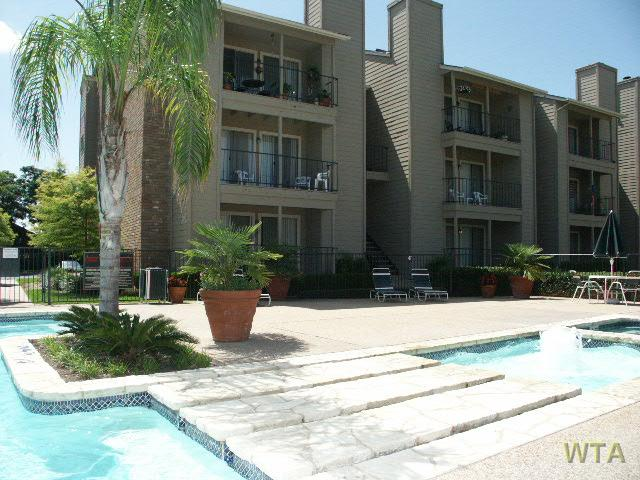 image 2 unfurnished 1 bedroom Apartment for rent in Wells Branch, Central Austin